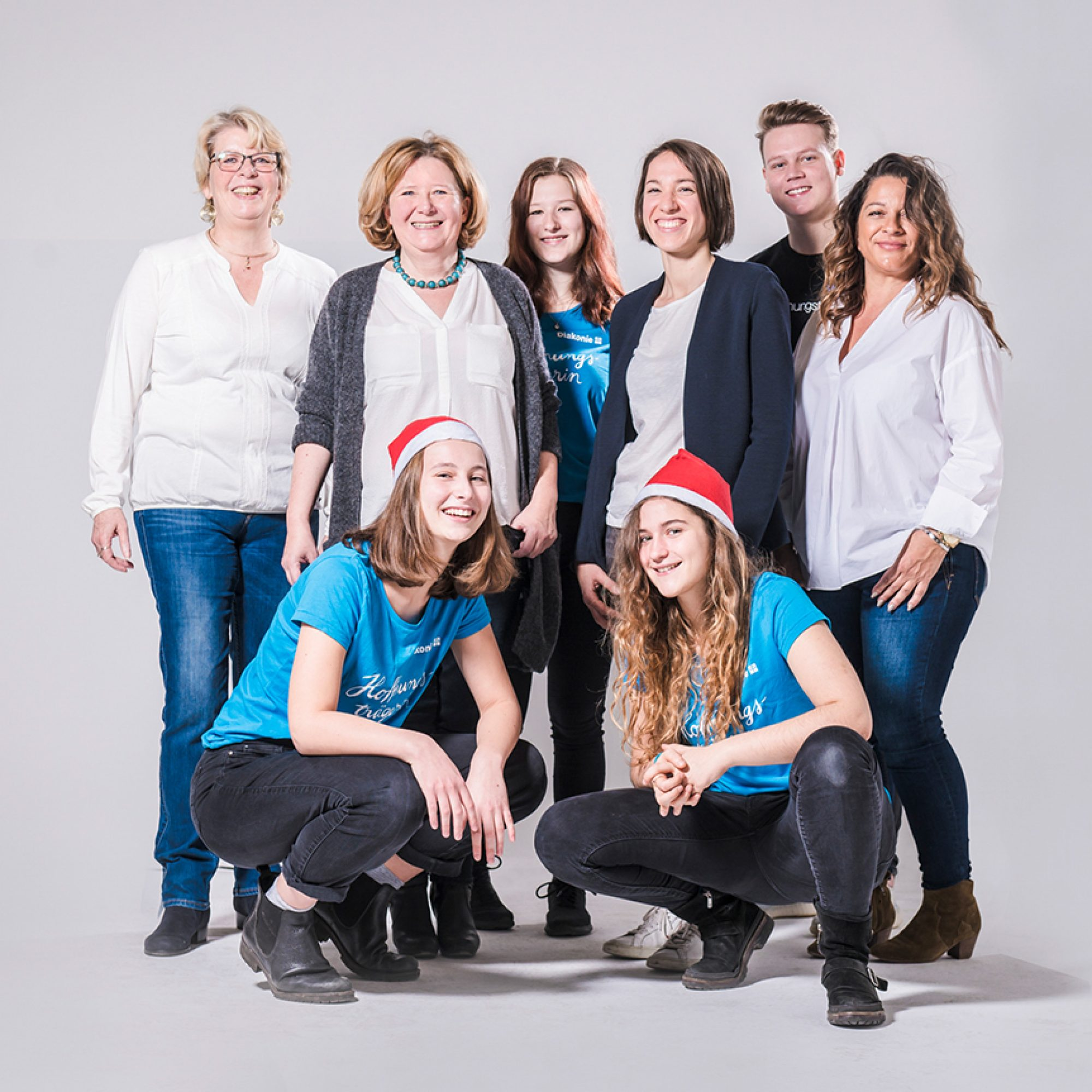 Gruppenfoto der hauptamtlichen AmberMed Mitarbeiter*innen